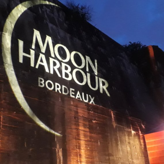 Distillerie Moon Harbour